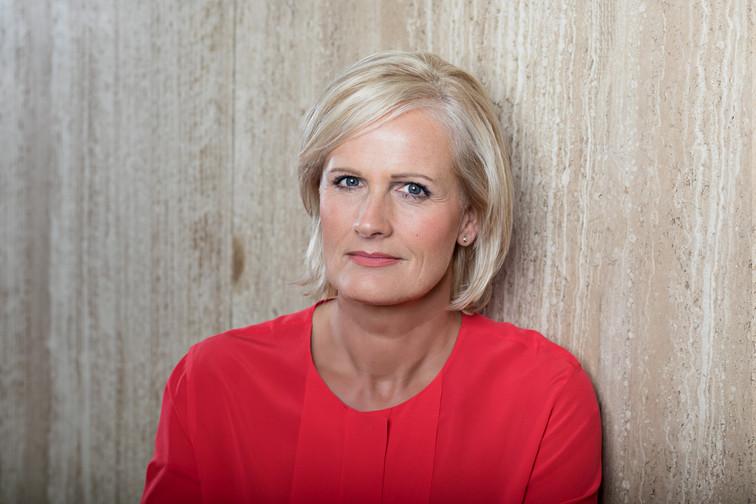 Biografie kristin otto zdf presseportal for Zdf heute moderatorin