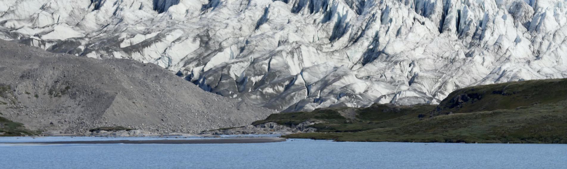 Am grönländischen Inlandeis bei Kangerlussuaq. Foto: ZDF/Ralf Gemmecke